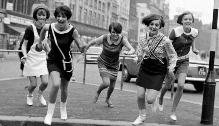 social movements fashion history mary quant girls manchester 1966