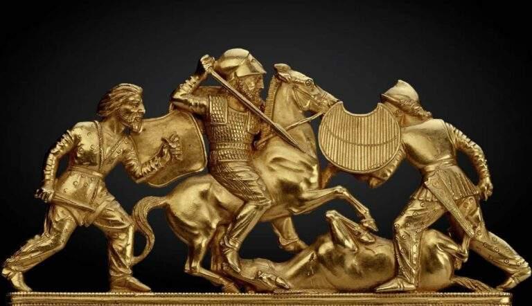 scythian comb with battle scene